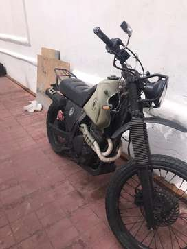 Moto Honda NX 650