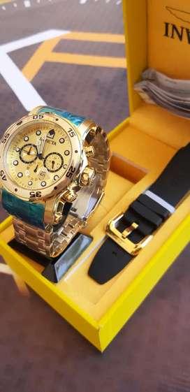Reloj invicta doble manilla