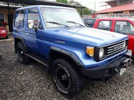 TOYOTA LAND CRUISER EFI 4.0