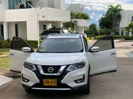 NISSAN X-TRAIL T32 EXCLUSIVE 4WD FULL EQUIPO