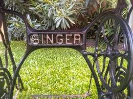 Vanitory Singer Maquina de Coser