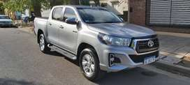 Toyota hilux srv at.4x4 2020