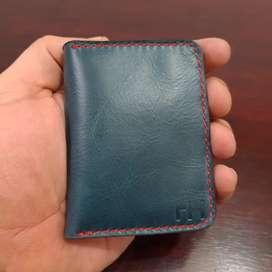 Billetera Minimalista hecha en cuero auténtico importado, se hace envíos a domicilio gratis en todo Guayaquil