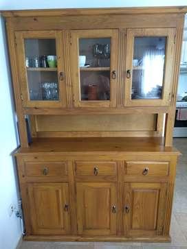 Mueble de pino para living comedor