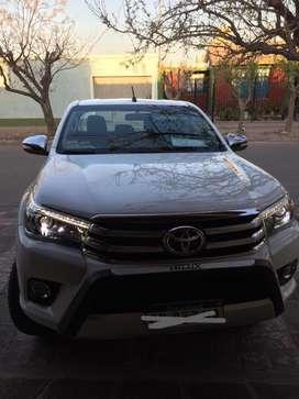 Toyota Hilux Srx At. 4x4 2017