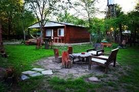 uz36 - Cabaña para 1 a 4 personas con pileta y cochera en Villa Ciudad de América