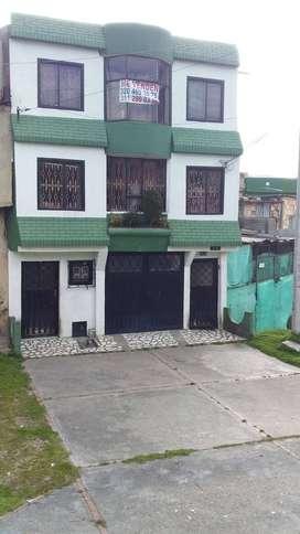 Casa 3 pisos, Usme