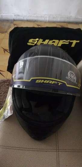 Vendo casco Shaft en excelente estado.