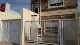 Particular alquila duplex al frente en Av. Alem 2950, Bahía Blanca.