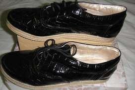 Zapatos de charol talle 38 dama