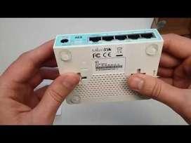 Router Mikrotik RB750Gr3 5 puertos Giga
