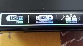DVD LG con entada de karaoke y usb