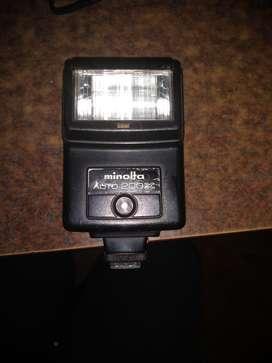 Flash Minolta 200x