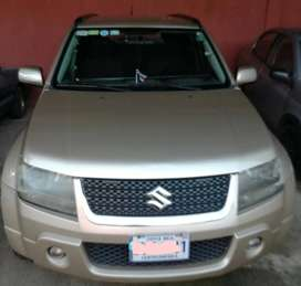 Vendo Suzuki Grand Vitara 2012.