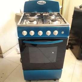 Vendo estufa marca Mabe de 4fogones  encendido eléctrico y horno en perfecto estado