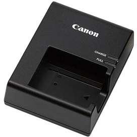 Cargador original Canon LC E10