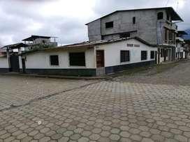 Vendo una casa en San Jose Del  Tambo comprende dos domitorios con baño cada dormitorio amolio corralon