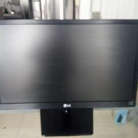 """Vendo Monitor LG 19.5"""""""