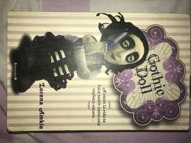Gothic Doll de Lorena Amkie