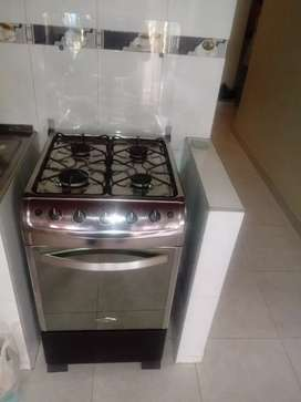 Se vende espectacular estufa marca haceb