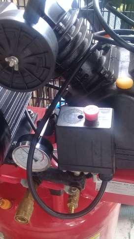 Vendo compresora de 3hp 220 voltios