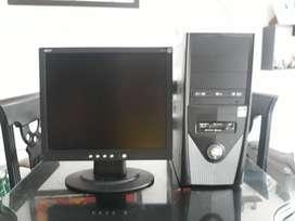 COMPUTADORA DE ESCRITORIO - DISCO 1TERA - MEMORIA RAM DDR3 2GB
