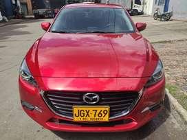 Se vende Mazda 3 2018.
