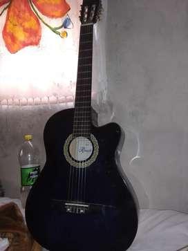 Vendo guitarra nueva sin uso