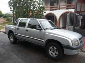 S10 CHEVROLET-2003 doble cabina 200000km,exelente estado,uso familiar