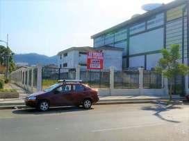 VENTA DE 943 M2 DE TERRENO COMERCIAL ESQUINERO EN URDESA, V. E. ESTRADA, GUAYAQUIL