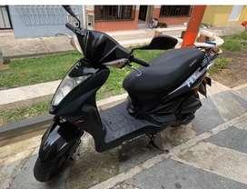 Moto automatica como nueva