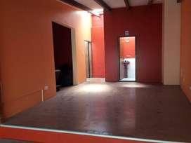 HM/ Oficina de Arriendo en El Sector de La Mariscal, 70 m² en Usd 500