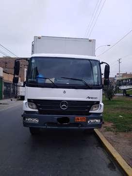 Camion Mercedes Benz Atego 1725 año 2010