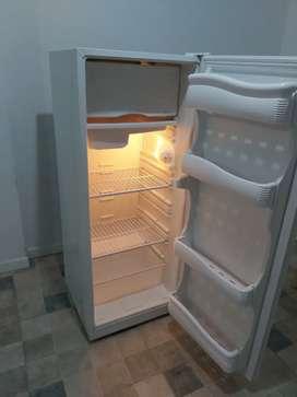 Vendo heladera Briket