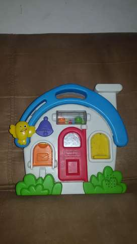 Casita musical fisher price