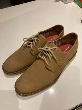 Zapatos beige casuales