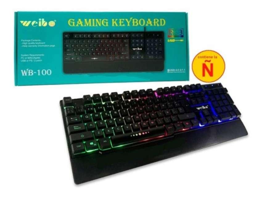 Teclado Con Cable Usb Con Iluminación Led Gamer Tiene La Ñ Weibo WB-100