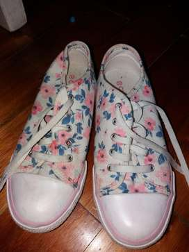 Vendo Zapatillas Cheeky