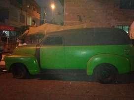Se vende carro antiguo