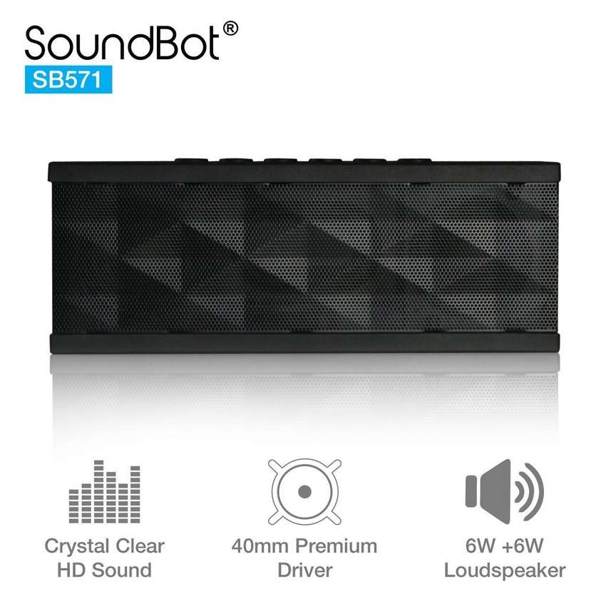 Parlante Bluetooth SoundBot SB571 Portátil 12W Nuevo en Bogotá 0