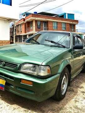 Carro mazda 323 HS en perfecto estado