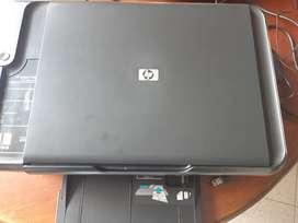 Impresora con scanner en excelente estado hp