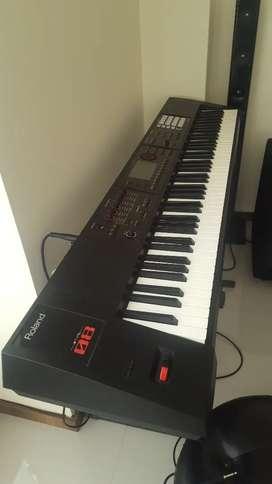Rolando fa08 piano sintetizador work Station 88 teclas