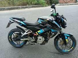 Vendo la moto pulsar Ns 200 a 2.800$ precio rasonable