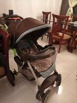 Se venden 5 artículos para bebe