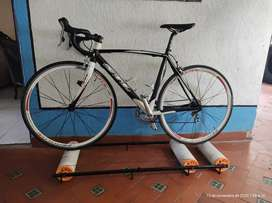 Vendo rodillo de equilibrio para bicicleta rin 700 , 29 , 27.5 ,26