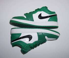 Air Jordan 1 Low - Pine Green / Black-White 4.5Y (EUR 36.5) NUEVAS Y ORIGINALES