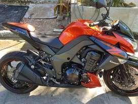 Kawasaki z1000 el mejor color