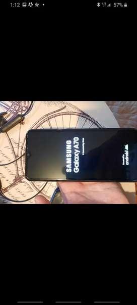 Vendo celular samsung A70 estado 9/10