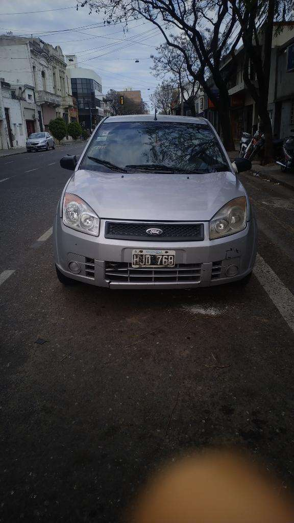 Ford Fiesta Max Ambiente Mp3 2008 0